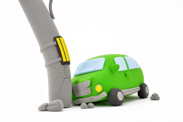 高齢者が交通事故を起こしたニュースを見て、親も子どもも考えなければならないこと