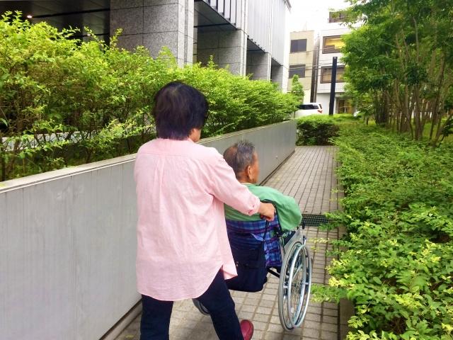 40代のあなたは津川雅彦さんの会見から学んで欲しい、親が元気なうちからできること